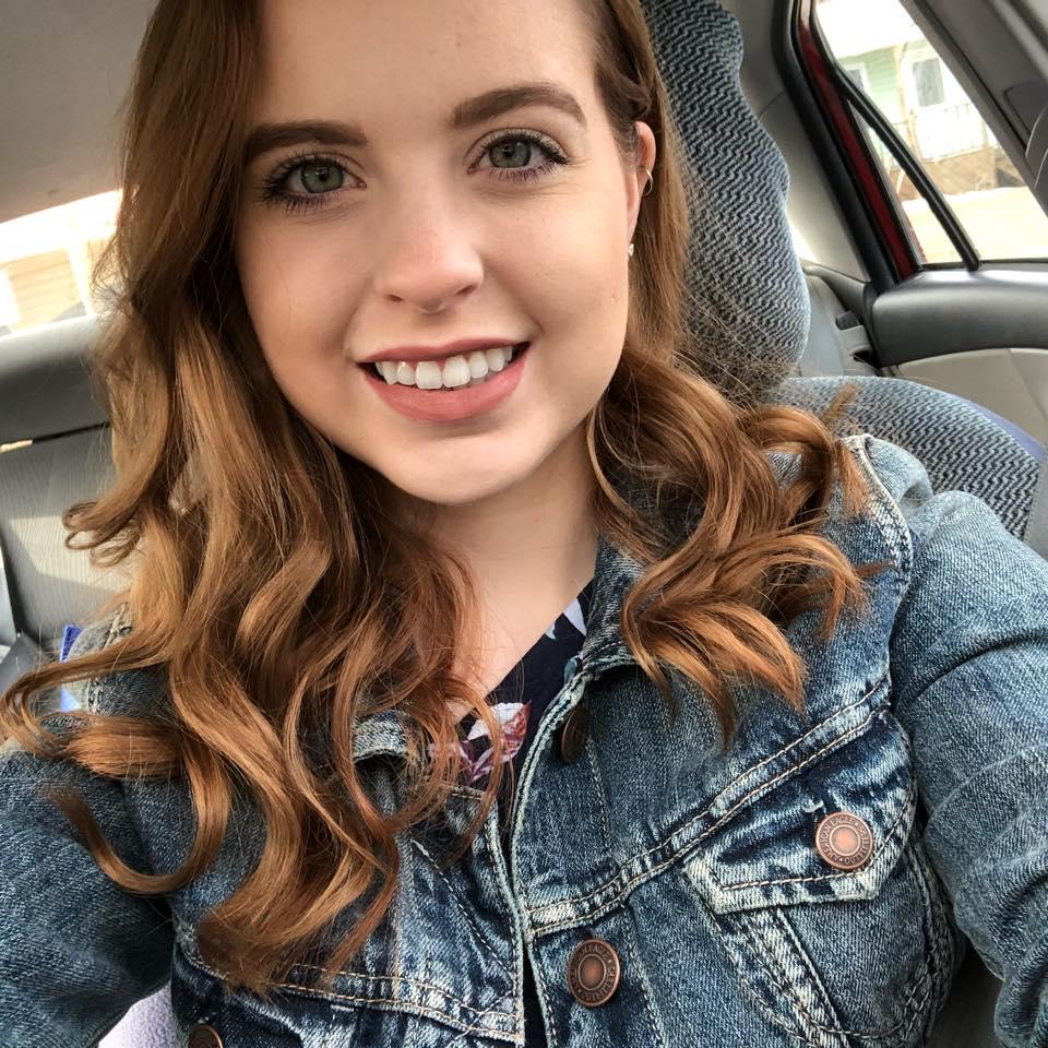 Daniela Harris - hire at Ithire