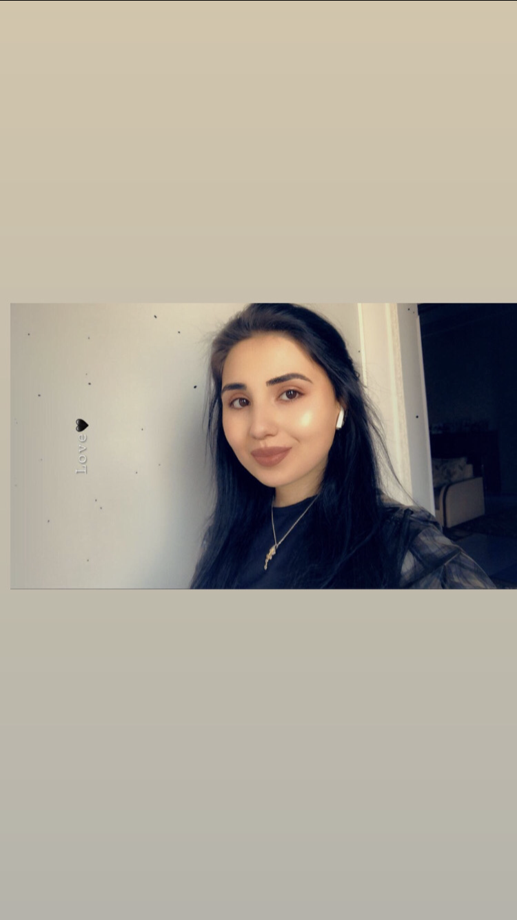Mia Flore - hire at Ithire