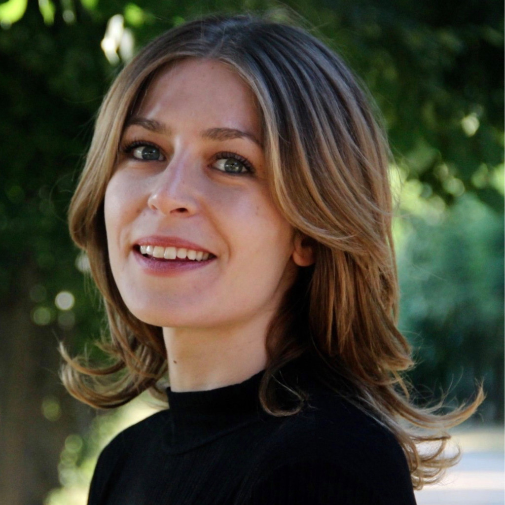 Mia Meier - hire at Ithire