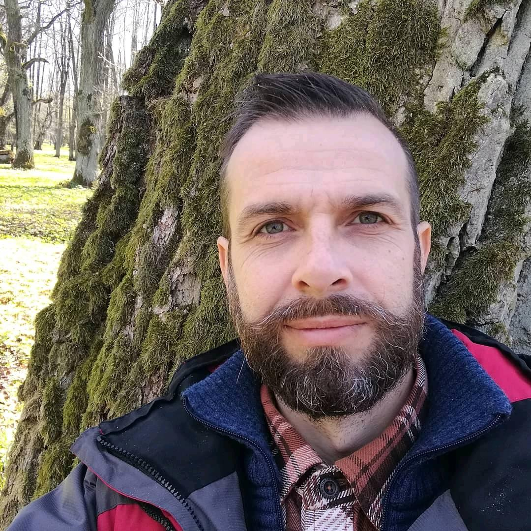 Kiril Smirnov - Hire at Ithire