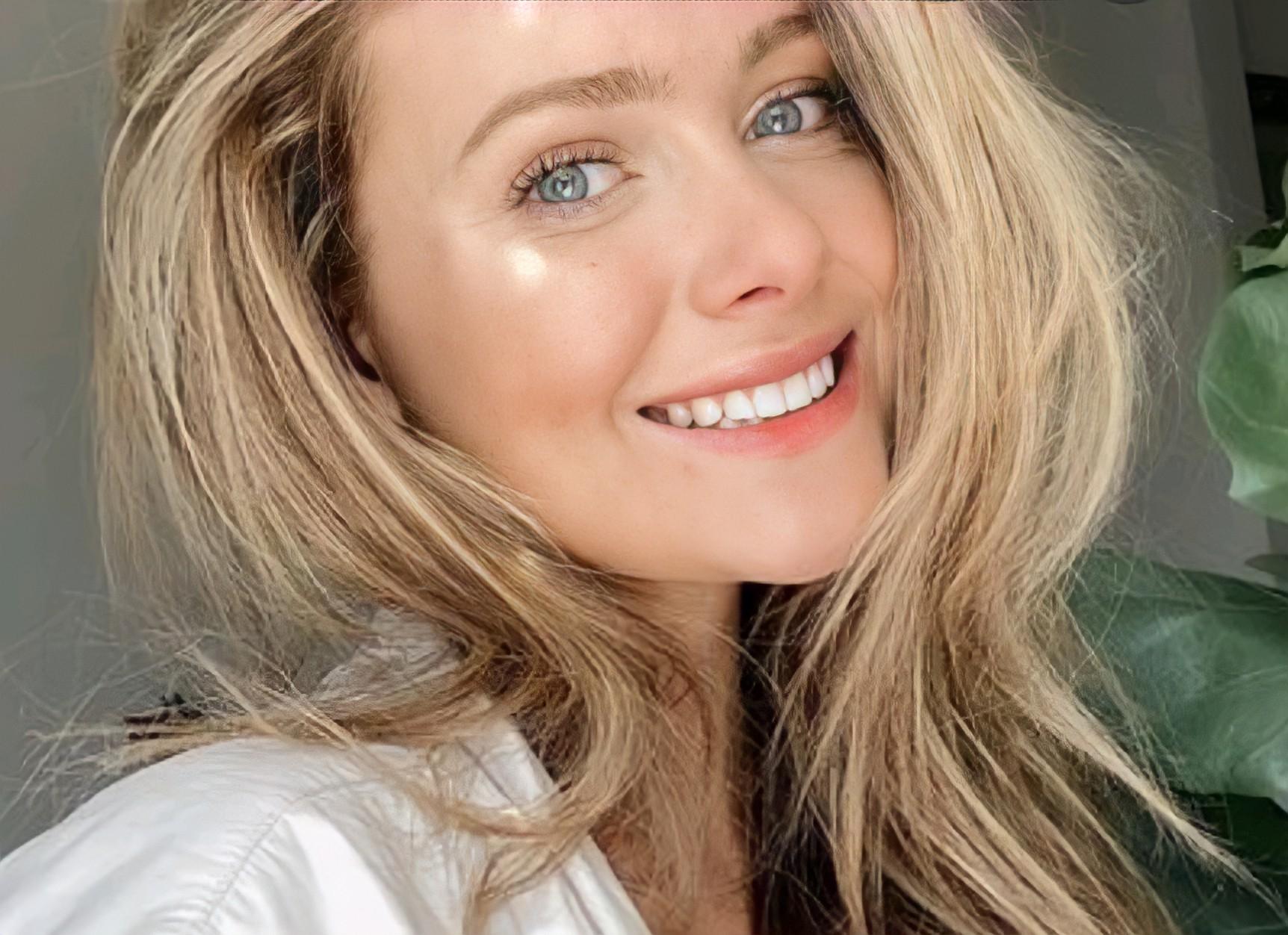 Angela Stuard - Hire at Ithire
